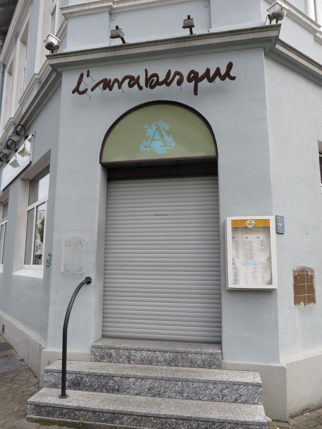 """Photo of L'arabesque  by <a href=""""/members/profile/VegiAnna"""">VegiAnna</a> <br/>entrance <br/> September 22, 2014  - <a href='/contact/abuse/image/36254/80647'>Report</a>"""