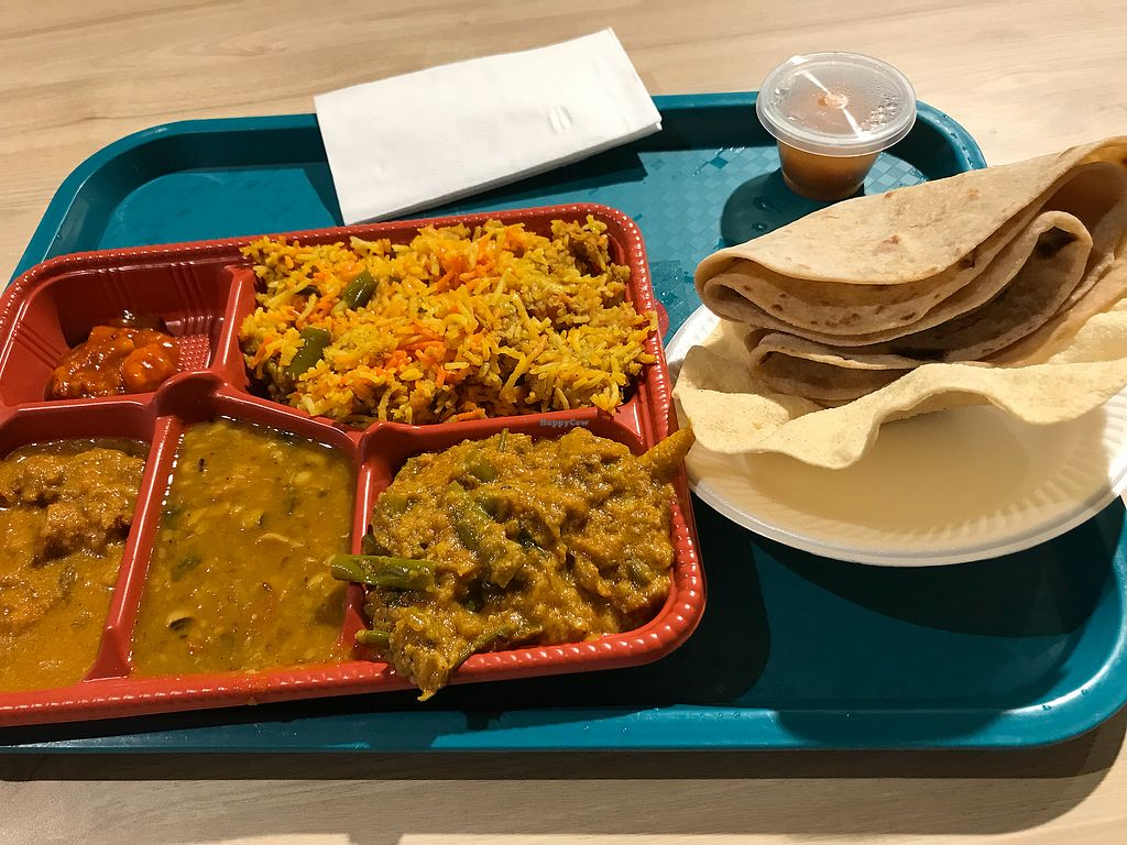 """Photo of Komala's Restaurant - Tanglin Mall  by <a href=""""/members/profile/David.Yu"""">David.Yu</a> <br/>North Indian Thali. Soo good! <br/> September 30, 2017  - <a href='/contact/abuse/image/36273/309971'>Report</a>"""