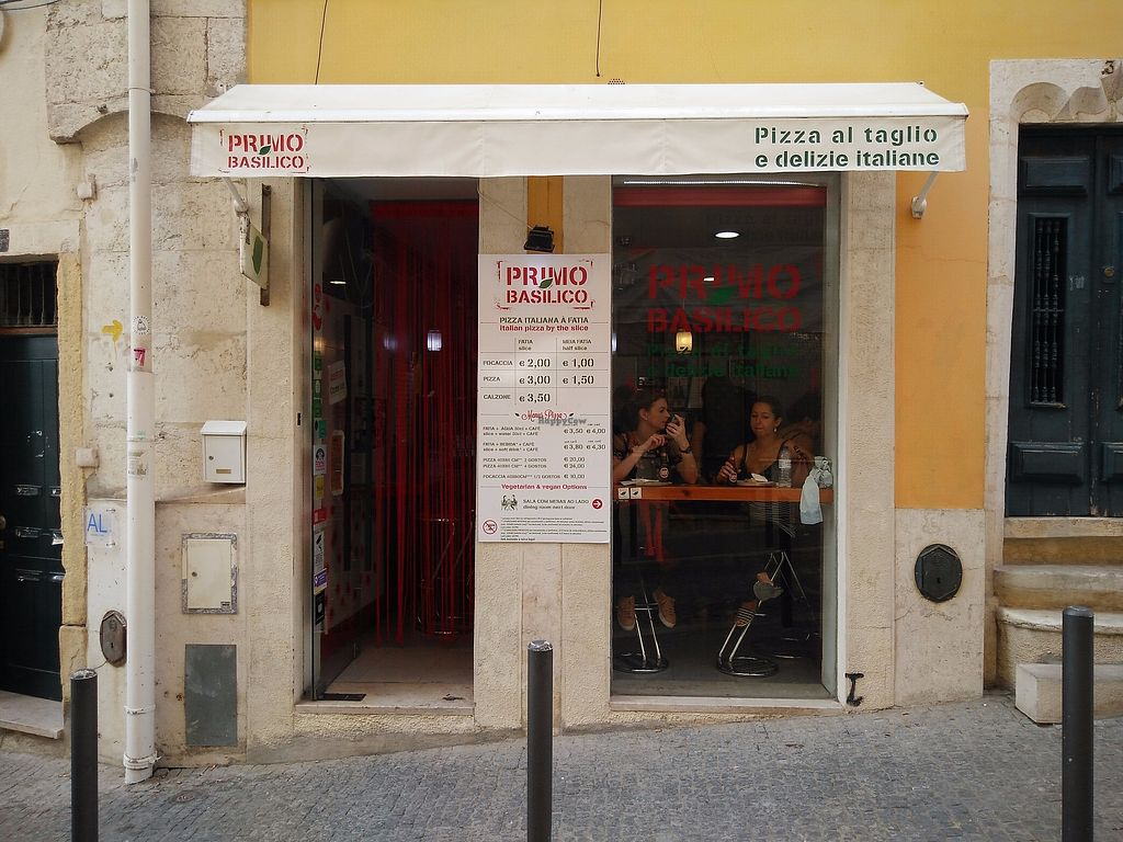 """Photo of Primo Basilico  by <a href=""""/members/profile/martinicontomate"""">martinicontomate</a> <br/>view from the street <br/> December 9, 2017  - <a href='/contact/abuse/image/36324/333932'>Report</a>"""