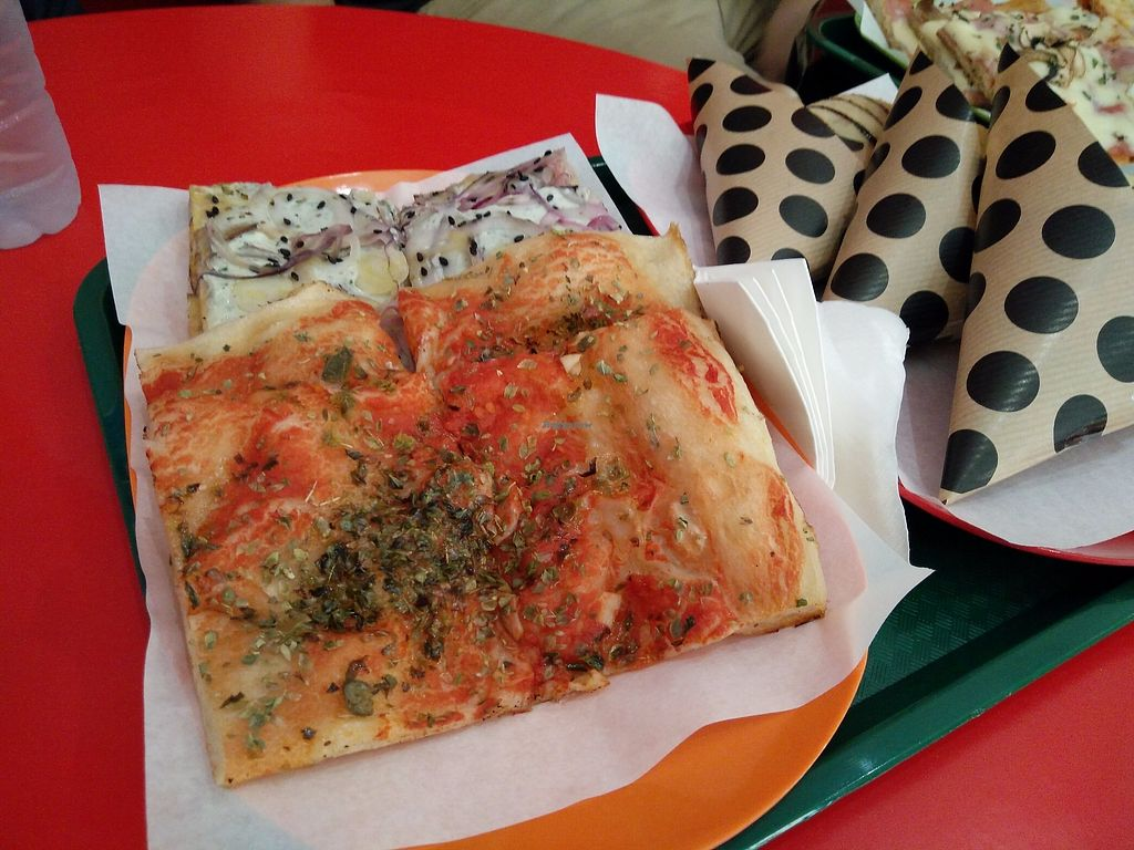 """Photo of Primo Basilico  by <a href=""""/members/profile/martinicontomate"""">martinicontomate</a> <br/>vegan pizza slices <br/> December 9, 2017  - <a href='/contact/abuse/image/36324/333935'>Report</a>"""