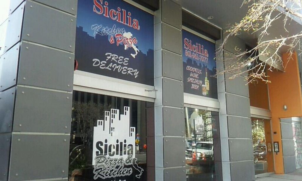 Photo of Sicilia Pizza and Kitchen  by Navegante <br/>04-09-2014 <br/> April 9, 2014  - <a href='/contact/abuse/image/36367/67297'>Report</a>