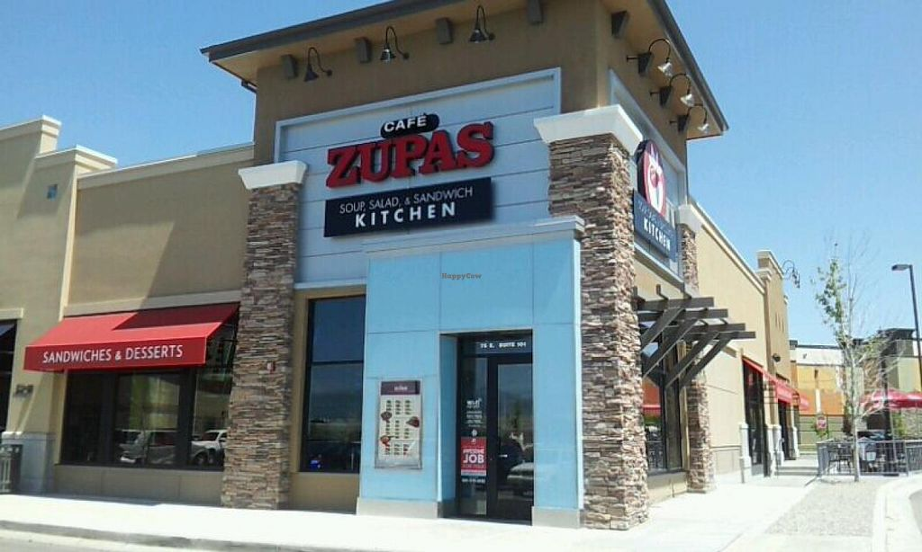 Photo of Cafe Zupas  by Navegante <br/>June 2014 <br/> June 7, 2014  - <a href='/contact/abuse/image/36381/71553'>Report</a>