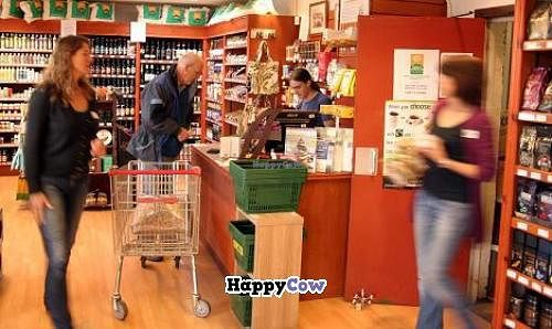 """Photo of Highland Wholefoods  by <a href=""""/members/profile/Highland%20Wholefoods"""">Highland Wholefoods</a> <br/>Highland Wholefoods showroom <br/> October 11, 2013  - <a href='/contact/abuse/image/3653/56507'>Report</a>"""