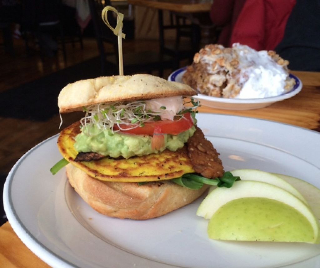 """Photo of Cleveland Vegan  by <a href=""""/members/profile/Tantrix4u"""">Tantrix4u</a> <br/>breakfast sandwich <br/> January 17, 2016  - <a href='/contact/abuse/image/36549/216951'>Report</a>"""