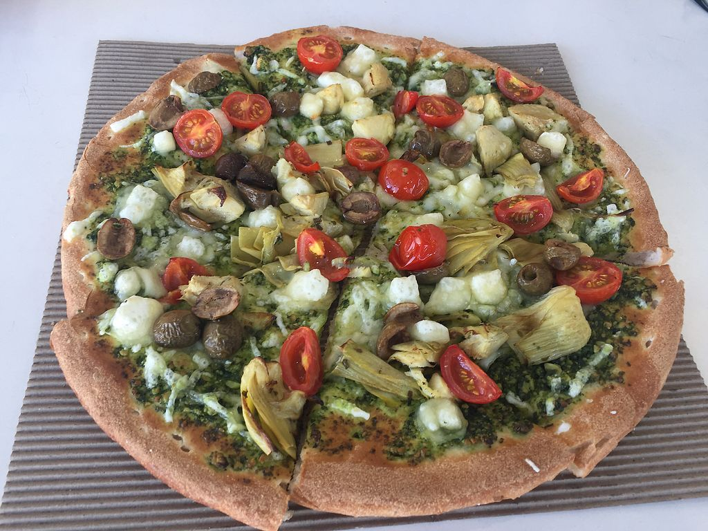 "Photo of Eat Pizza  by <a href=""/members/profile/Tiggy"">Tiggy</a> <br/>Large Pizza al Pesto $18 - Not so much flavour <br/> February 1, 2018  - <a href='/contact/abuse/image/36586/353411'>Report</a>"