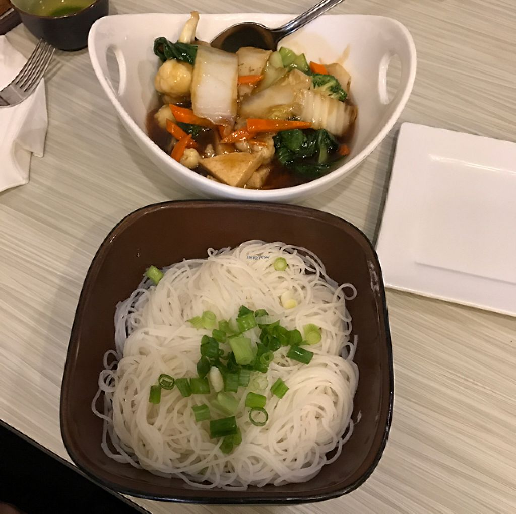 "Photo of Taste of Saigon  by <a href=""/members/profile/ByronSobe"">ByronSobe</a> <br/>vegan stir fry with vermicelli  <br/> May 25, 2017  - <a href='/contact/abuse/image/36667/262436'>Report</a>"