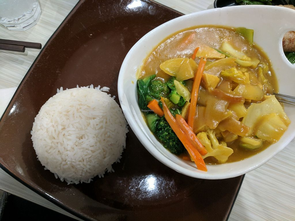 "Photo of Taste of Saigon  by <a href=""/members/profile/lmcc"">lmcc</a> <br/>Vegetarian curry on rice <br/> December 9, 2017  - <a href='/contact/abuse/image/36667/333657'>Report</a>"