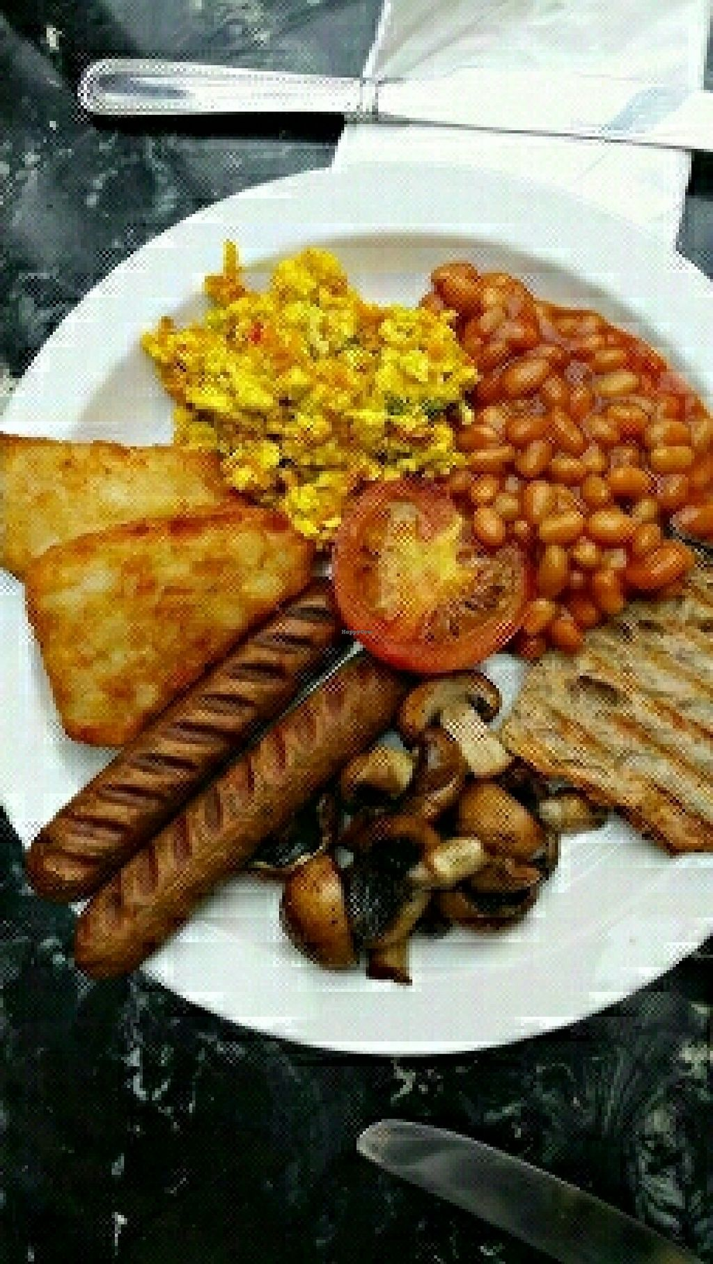"""Photo of The Gallery Cafe  by <a href=""""/members/profile/uschiverena"""">uschiverena</a> <br/>super tasty vegan English breakfast  <br/> April 21, 2016  - <a href='/contact/abuse/image/3676/145552'>Report</a>"""