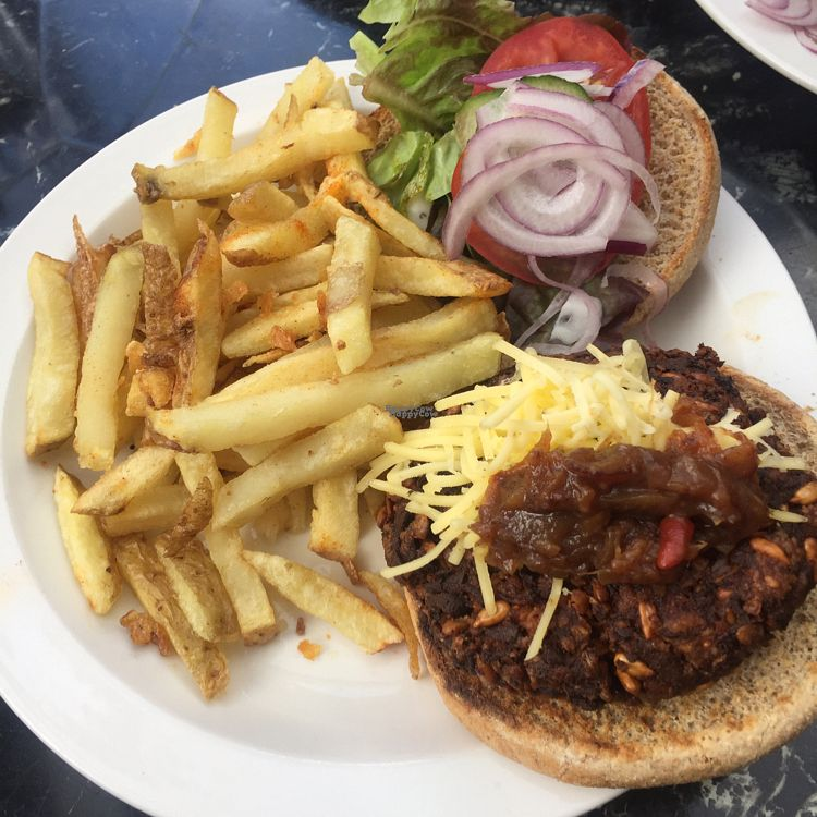 """Photo of The Gallery Cafe  by <a href=""""/members/profile/The%20London%20Vegan"""">The London Vegan</a> <br/>Vegan Burger with Vegan Cheese  <br/> October 9, 2016  - <a href='/contact/abuse/image/3676/180892'>Report</a>"""
