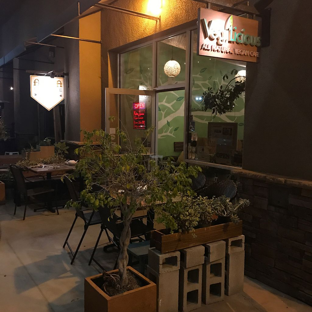 """Photo of VegiLicious  by <a href=""""/members/profile/xmrfigx"""">xmrfigx</a> <br/>Nice outdoor seating area <br/> April 23, 2017  - <a href='/contact/abuse/image/36781/251623'>Report</a>"""