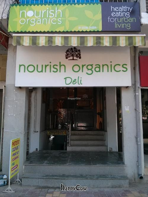 """Photo of CLOSED: Nourish Organics  by <a href=""""/members/profile/earthville"""">earthville</a> <br/>Nourish Organics - Storefront <br/> February 10, 2013  - <a href='/contact/abuse/image/36838/44021'>Report</a>"""