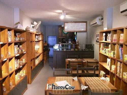 """Photo of CLOSED: Nourish Organics  by <a href=""""/members/profile/earthville"""">earthville</a> <br/>Nourish Organics - Interior <br/> February 10, 2013  - <a href='/contact/abuse/image/36838/44022'>Report</a>"""