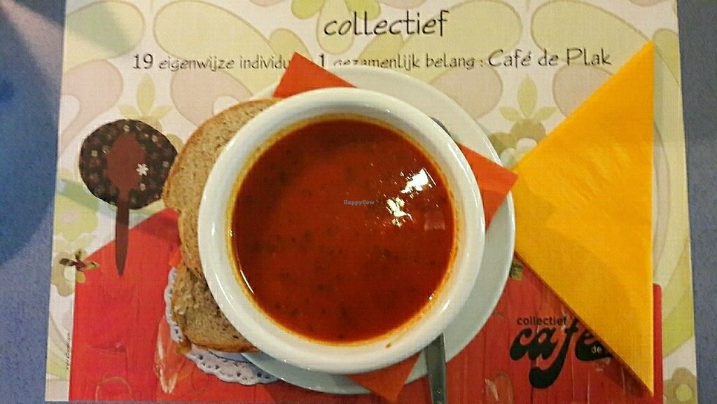 "Photo of Cafe de Plak  by <a href=""/members/profile/aniareyouok"">aniareyouok</a> <br/>vegan soups with organic bread <br/> May 19, 2017  - <a href='/contact/abuse/image/36921/260319'>Report</a>"