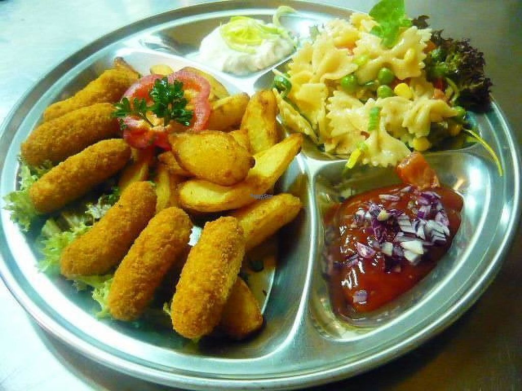 """Photo of Etno  by <a href=""""/members/profile/Makita"""">Makita</a> <br/>Lunch menu <br/> January 26, 2017  - <a href='/contact/abuse/image/37004/217072'>Report</a>"""