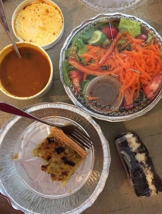 "Photo of Brews N Bytes Internet Cafe and Eatery  by <a href=""/members/profile/Happycaitlin"">Happycaitlin</a> <br/>Amazing artichoke tapenade and red pepper quiche, with a summer vegetable soup and house salad <br/> August 3, 2017  - <a href='/contact/abuse/image/3700/288238'>Report</a>"