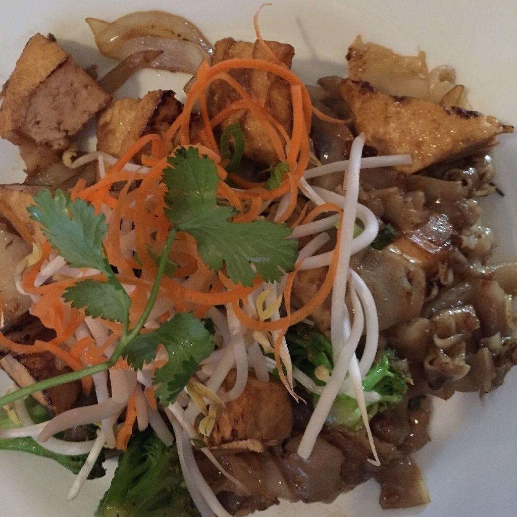 """Photo of Cravin Thai  by <a href=""""/members/profile/SavoyTruffle"""">SavoyTruffle</a> <br/>Pad see ew (broad rice noodles with sweet black soy sauce). generous with the tofu. The bean sprouts and carrots on top were pretty, but just don't go with the dish.  <br/> March 5, 2017  - <a href='/contact/abuse/image/37012/232838'>Report</a>"""
