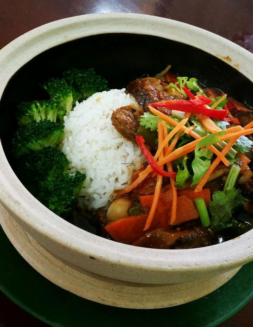 "Photo of Tian Ka Vegetarian  by <a href=""/members/profile/Tiffanymlk"">Tiffanymlk</a> <br/>Claypot rice  <br/> June 13, 2015  - <a href='/contact/abuse/image/37019/105792'>Report</a>"