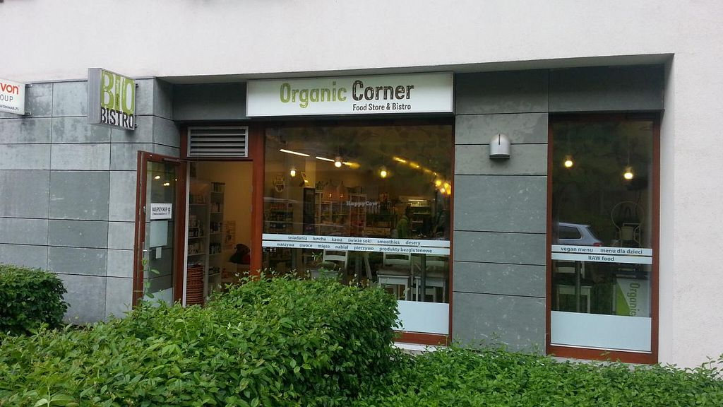 """Photo of Organic Corner Food Store and Bistro  by <a href=""""/members/profile/eric"""">eric</a> <br/>outside <br/> May 10, 2015  - <a href='/contact/abuse/image/37085/101798'>Report</a>"""