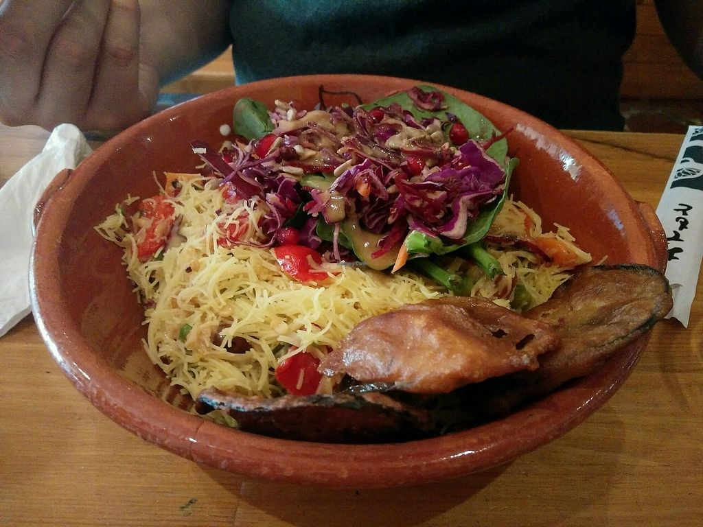 """Photo of Princesa do Castelo  by <a href=""""/members/profile/martinicontomate"""">martinicontomate</a> <br/>rice noodles salad <br/> October 12, 2017  - <a href='/contact/abuse/image/37171/314658'>Report</a>"""