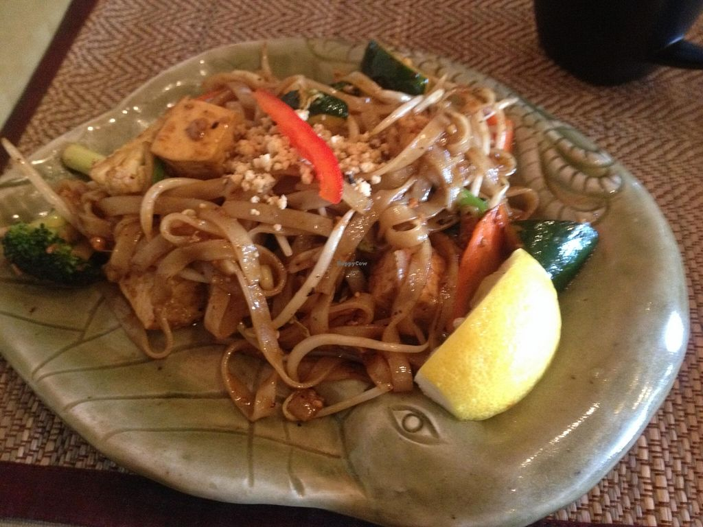 """Photo of Lemongrass  by <a href=""""/members/profile/vegan_ryan"""">vegan_ryan</a> <br/>Pad Thai with tofu <br/> October 14, 2015  - <a href='/contact/abuse/image/37172/121291'>Report</a>"""