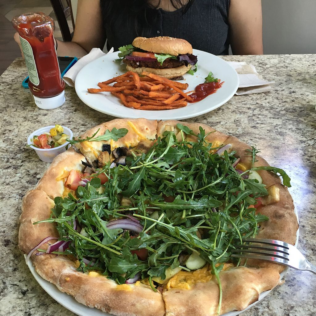 """Photo of Ruggles Green - CityCentre  by <a href=""""/members/profile/ChristineLee"""">ChristineLee</a> <br/>Veggie pizza - with daiya and no pesto  <br/> October 12, 2017  - <a href='/contact/abuse/image/37288/314365'>Report</a>"""