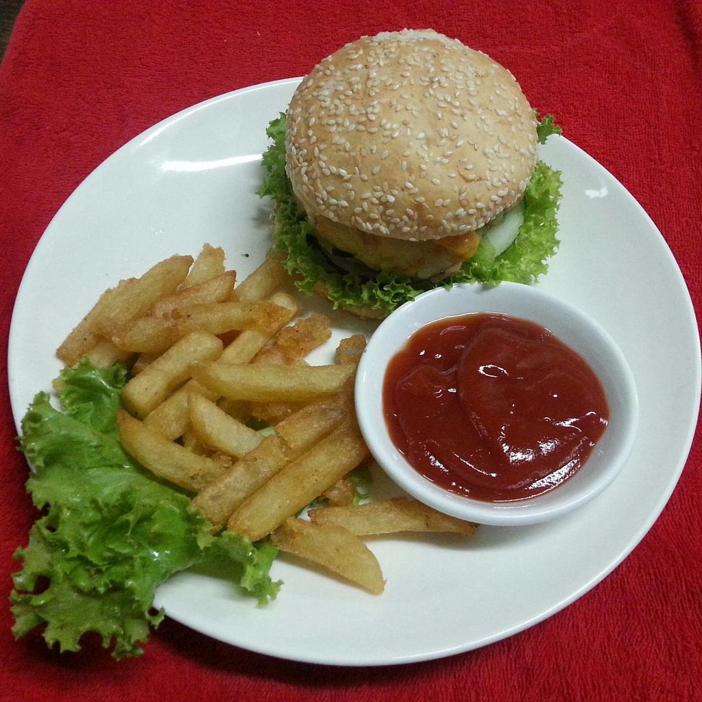 """Photo of Coriander  by <a href=""""/members/profile/RangaRanga"""">RangaRanga</a> <br/>THE ONLY VEGETARIAN/ VEGAN BURGER IN TOWN <br/> July 5, 2014  - <a href='/contact/abuse/image/37374/73250'>Report</a>"""