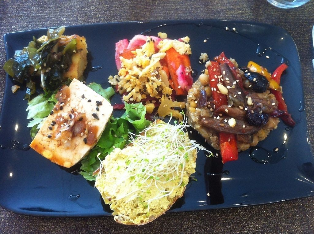 """Photo of Carmen Ragosta  by <a href=""""/members/profile/J-Veg"""">J-Veg</a> <br/>Seaweed/tomato cake, quinoa risotto with roasted veg, homemade turmeric """"cheese"""" on delicious fresh bread, marinated tofu <br/> April 30, 2017  - <a href='/contact/abuse/image/37427/254181'>Report</a>"""