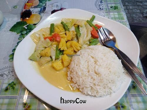 """Photo of CLOSED: 31 Restaurant  by <a href=""""/members/profile/InnesPark"""">InnesPark</a> <br/>Vegan coconut curry with pineapple.. Tasty <br/> April 24, 2013  - <a href='/contact/abuse/image/37497/47310'>Report</a>"""
