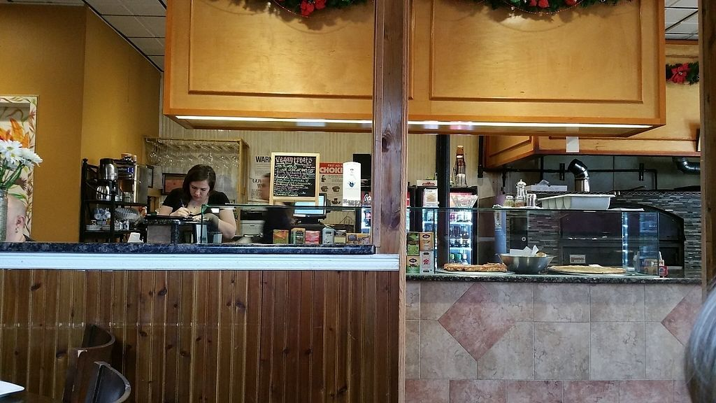 """Photo of 3 Brothers Pizza Cafe  by <a href=""""/members/profile/Brok%20O.%20Lee"""">Brok O. Lee</a> <br/>Inside <br/> December 10, 2016  - <a href='/contact/abuse/image/37545/199164'>Report</a>"""