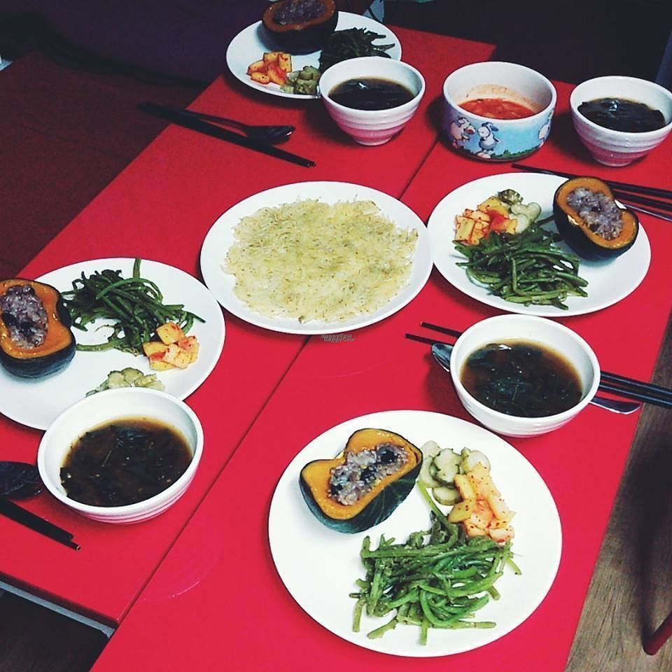 """Photo of Sleeping Strawberry Guesthouse - 잠자는 딸기  by <a href=""""/members/profile/Sleeping%20Strawberry"""">Sleeping Strawberry</a> <br/>vegan dinner <br/> October 20, 2016  - <a href='/contact/abuse/image/37670/183110'>Report</a>"""