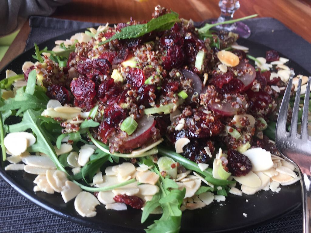 "Photo of Pod Norenami  by <a href=""/members/profile/Enivid"">Enivid</a> <br/>Quinoa/avocado salad <br/> March 31, 2018  - <a href='/contact/abuse/image/37682/378690'>Report</a>"