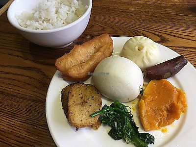 """Photo of Tian Fu Lou  by <a href=""""/members/profile/jojoinbrighton"""">jojoinbrighton</a> <br/>Buffet plate #1 <br/> August 9, 2017  - <a href='/contact/abuse/image/37701/290753'>Report</a>"""