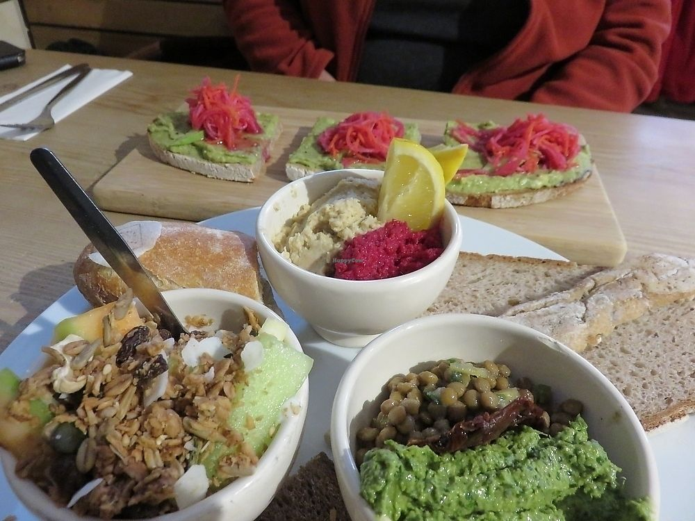 """Photo of Le Pain Quotidien  by <a href=""""/members/profile/TrudiBruges"""">TrudiBruges</a> <br/>brunch <br/> December 2, 2017  - <a href='/contact/abuse/image/37760/331539'>Report</a>"""