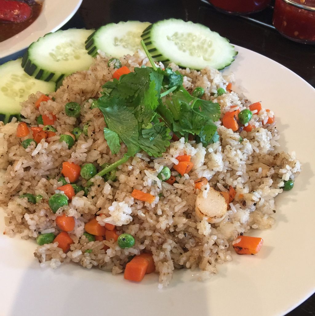 "Photo of An Lac Duyen  by <a href=""/members/profile/ReneeNButtercup"">ReneeNButtercup</a> <br/>fried rice #47 does not have butter <br/> April 4, 2016  - <a href='/contact/abuse/image/37766/142739'>Report</a>"