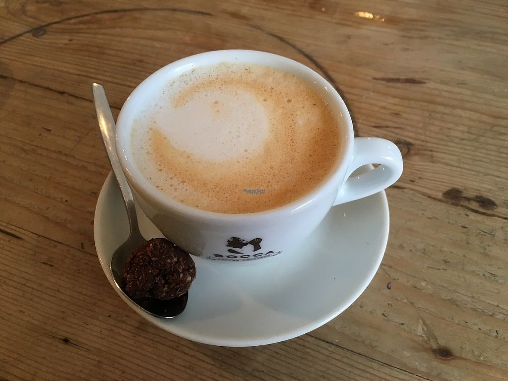 """Photo of Beter & Leuk  by <a href=""""/members/profile/LouiseJT"""">LouiseJT</a> <br/>Rooibos cappuccino made with oat milk <br/> March 3, 2017  - <a href='/contact/abuse/image/37875/232152'>Report</a>"""
