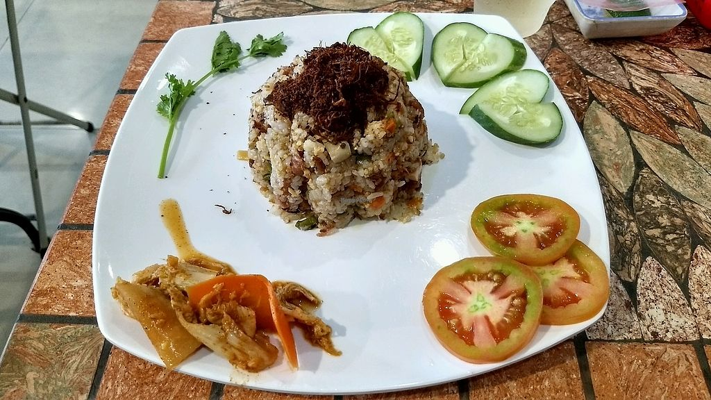 """Photo of Mani  by <a href=""""/members/profile/mugcake"""">mugcake</a> <br/>Mamis special fried rice- would recommend! <br/> September 26, 2017  - <a href='/contact/abuse/image/37908/308664'>Report</a>"""