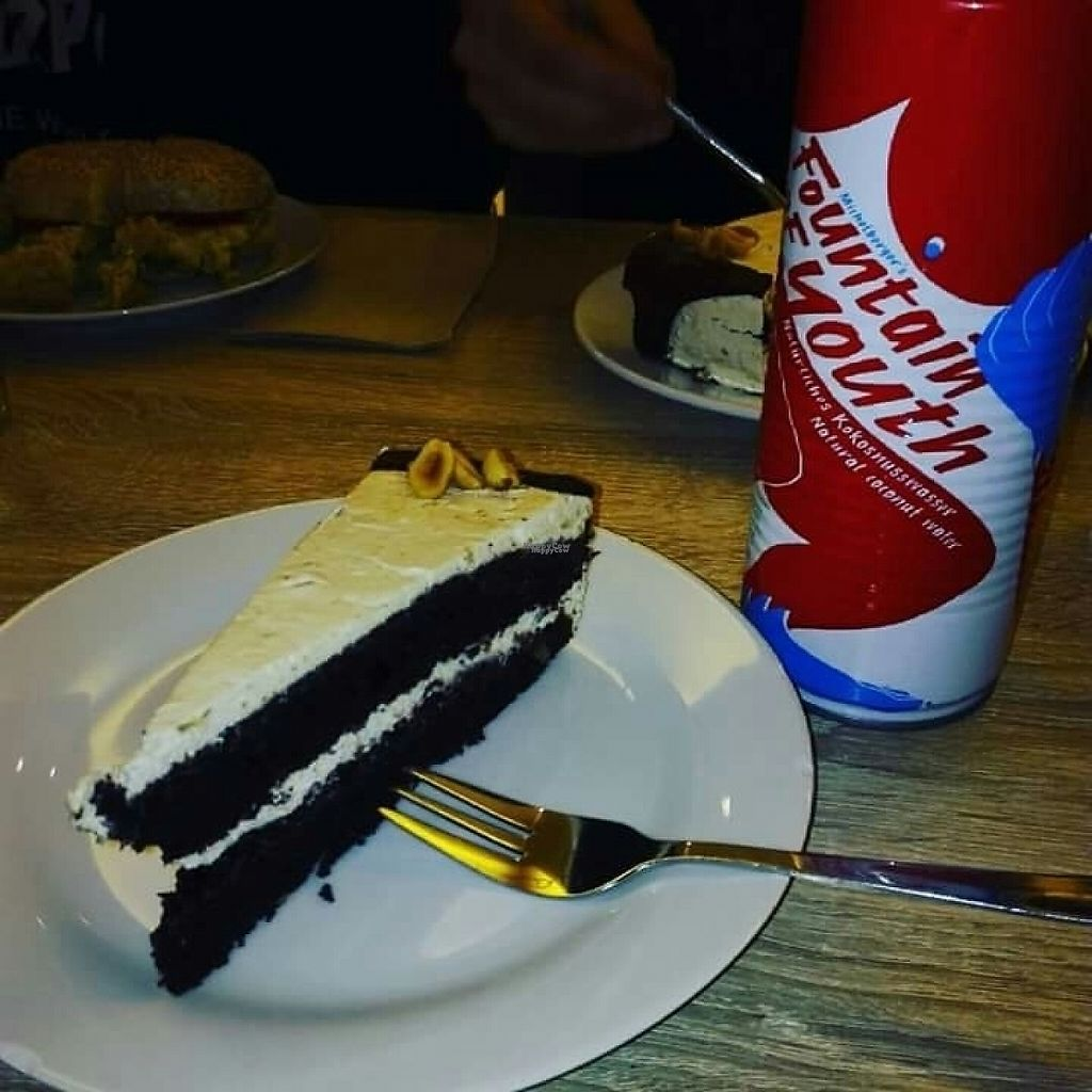 "Photo of Veganz - Berlin Friedrichshain  by <a href=""/members/profile/AngelicaVZenteno"">AngelicaVZenteno</a> <br/>Peanut butter chocolate cake <br/> March 17, 2017  - <a href='/contact/abuse/image/37940/237443'>Report</a>"