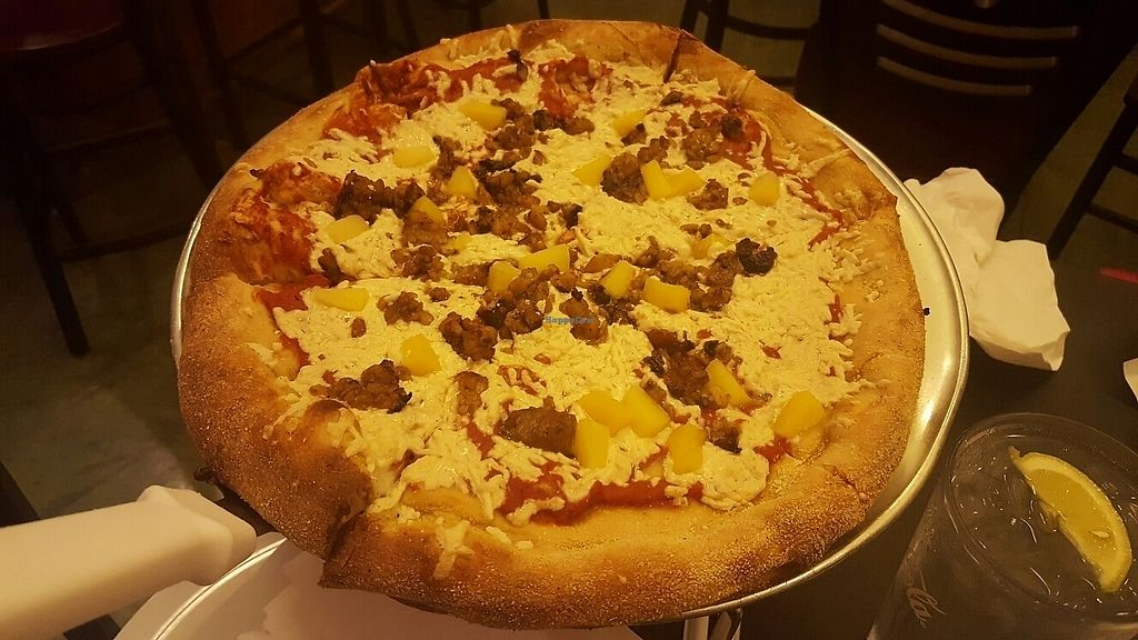 """Photo of Mellow Mushroom  by <a href=""""/members/profile/AlexandraDubur"""">AlexandraDubur</a> <br/>Daiya cheese, pineapple and tempeh. Delicious.  <br/> June 10, 2017  - <a href='/contact/abuse/image/37977/267653'>Report</a>"""