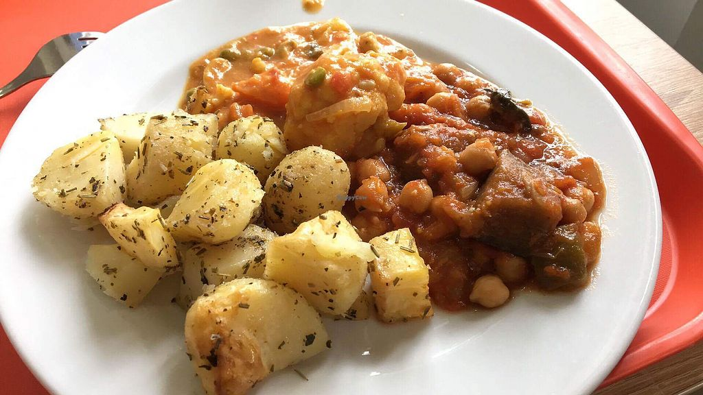 """Photo of Veg Life - Stare Mesto  by <a href=""""/members/profile/Connya"""">Connya</a> <br/>Delicious lunch <br/> October 6, 2017  - <a href='/contact/abuse/image/38007/312259'>Report</a>"""