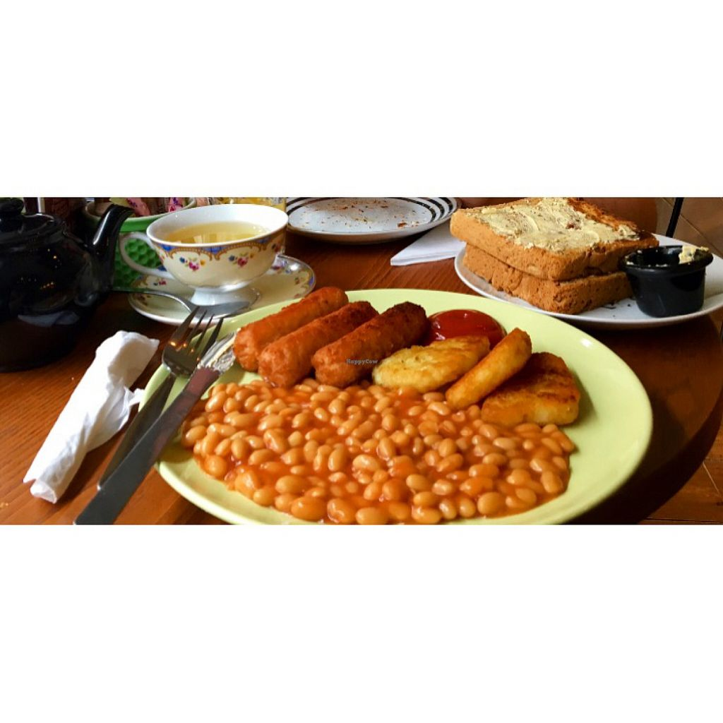 """Photo of Ravenous  by <a href=""""/members/profile/Elficakes"""">Elficakes</a> <br/>Vegan breakfast (-mushrooms/tomatoes) <br/> July 9, 2016  - <a href='/contact/abuse/image/38033/171210'>Report</a>"""