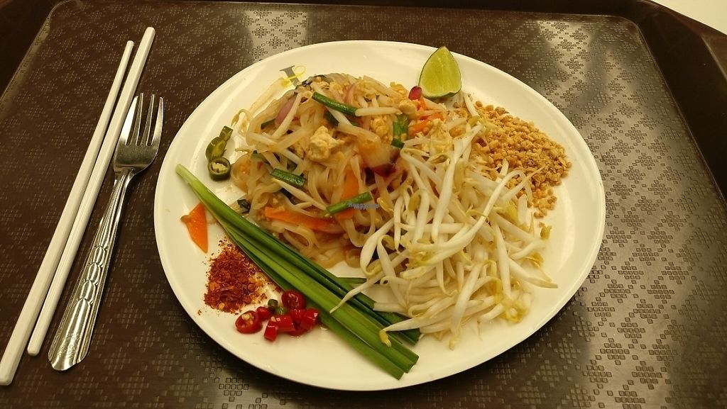 """Photo of Kran Boom Modern Thai  by <a href=""""/members/profile/davidredstone"""">davidredstone</a> <br/>Pat Thai (notice they put egg in it)  <br/> March 19, 2017  - <a href='/contact/abuse/image/38060/238219'>Report</a>"""