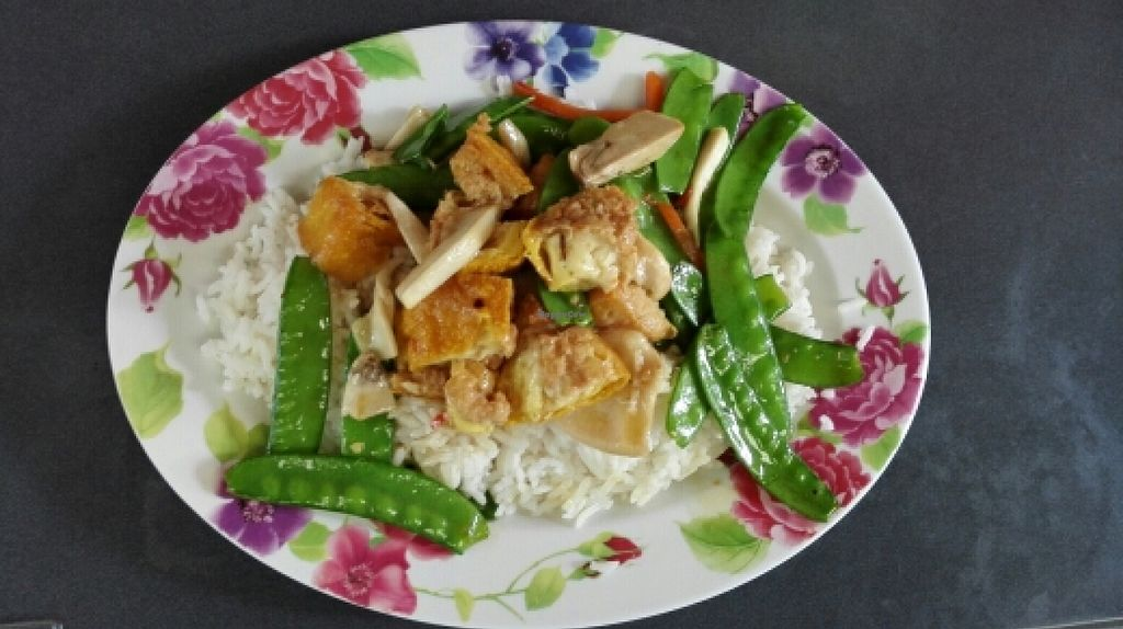 """Photo of Lee Jae Veg  by <a href=""""/members/profile/HanniSchmidt"""">HanniSchmidt</a> <br/>fried tofu, veggies and rice for 40 baht <br/> January 8, 2016  - <a href='/contact/abuse/image/38192/131444'>Report</a>"""