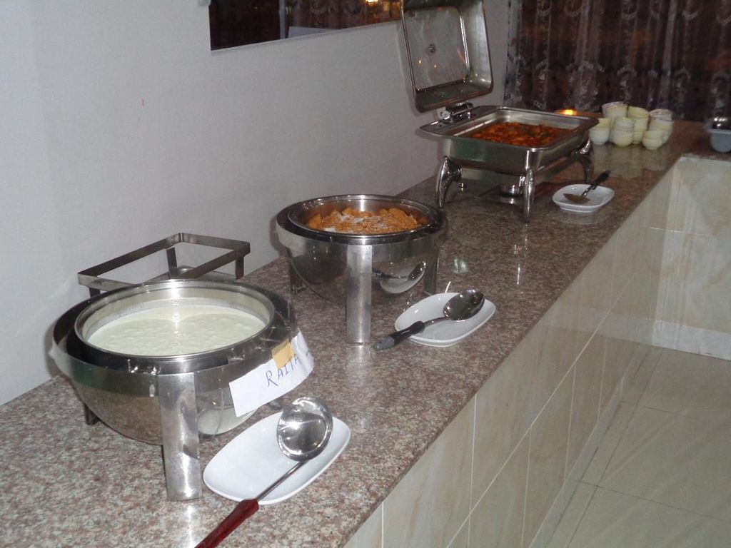 """Photo of Indian Chimney  by <a href=""""/members/profile/Kelly%20Kelly"""">Kelly Kelly</a> <br/>The other side of the buffet <br/> January 2, 2015  - <a href='/contact/abuse/image/38231/89285'>Report</a>"""