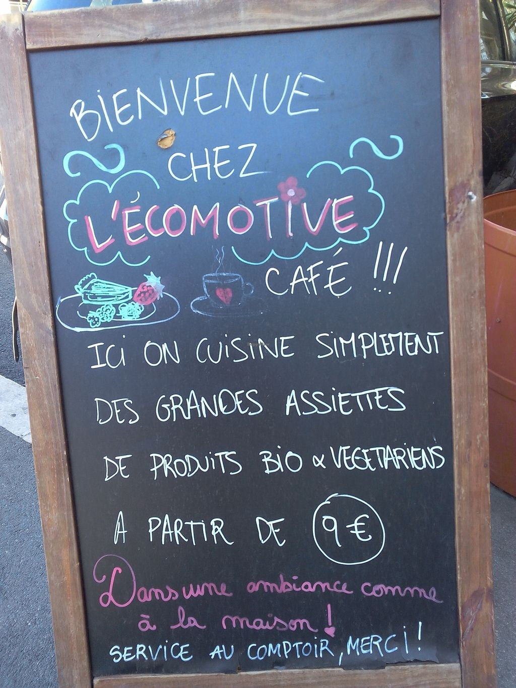 """Photo of L' Ecomotive  by <a href=""""/members/profile/vwlewis"""">vwlewis</a> <br/>Example of menu <br/> October 9, 2015  - <a href='/contact/abuse/image/38263/120675'>Report</a>"""