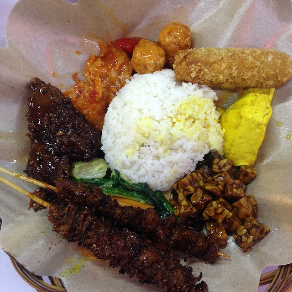 """Photo of Kuang Ming RM Vegetarian  by <a href=""""/members/profile/Crustina"""">Crustina</a> <br/>a very delicious selection of mock meats! <br/> January 15, 2016  - <a href='/contact/abuse/image/38298/132412'>Report</a>"""