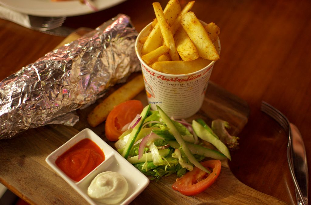 """Photo of Cornish Arms  by <a href=""""/members/profile/chocoholicPhilosophe"""">chocoholicPhilosophe</a> <br/>Vegan souvlaki <br/> August 15, 2015  - <a href='/contact/abuse/image/38323/113733'>Report</a>"""