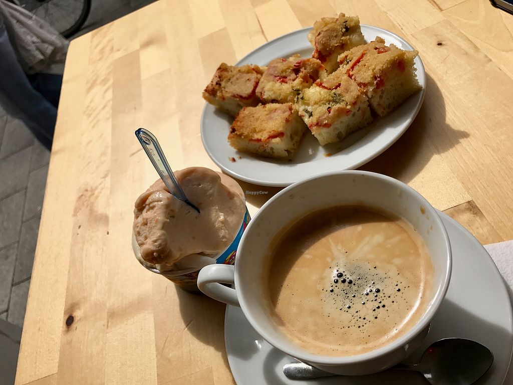 """Photo of CLOSED: Gea  by <a href=""""/members/profile/marky_mark"""">marky_mark</a> <br/>coffee, vegan ice cream, focaccia <br/> July 4, 2017  - <a href='/contact/abuse/image/38371/276568'>Report</a>"""