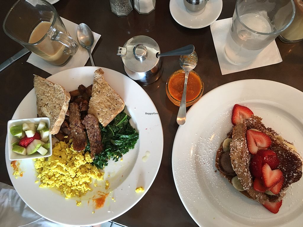 """Photo of Bread and Chocolate Vegan Bistro  by <a href=""""/members/profile/Dreghead"""">Dreghead</a> <br/>still excellent  <br/> July 8, 2017  - <a href='/contact/abuse/image/38386/277858'>Report</a>"""