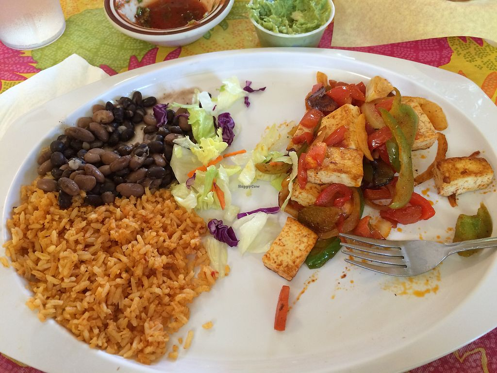 "Photo of Fidelina's Taqueria  by <a href=""/members/profile/Arti"">Arti</a> <br/>Half eaten tofu fajitas! <br/> August 5, 2017  - <a href='/contact/abuse/image/38398/289358'>Report</a>"