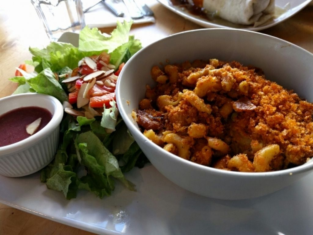 """Photo of Bang Bang Cafe  by <a href=""""/members/profile/The%20Hungry%20Vegan"""">The Hungry Vegan</a> <br/>Sean's Vegan Mac and Cheese is the best thing that has ever happened to me <br/> January 16, 2016  - <a href='/contact/abuse/image/38463/132659'>Report</a>"""